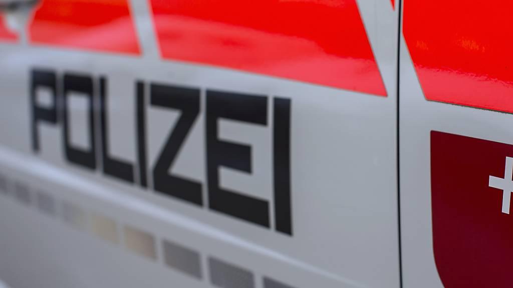 Alkohol und Drogen am Steuer: Schwyzer Polizei stoppt zehn Personen