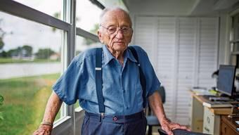 Ben Ferencz in seinem Haus in Delray Beach in Florida. In zwei Wochen feiert er seinen 100. Geburtstag.