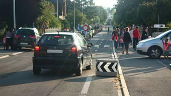 Elterntaxis wie hier in Villmergen können gefährliche Verkehrssituationen verursachen. (Archiv)