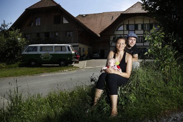 Ein Bild aus dem Jahr 2014: Andre Ziegler, Nicole Stuber und Tochter Emilia.