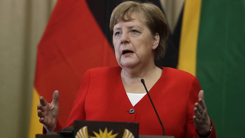 Die deutsche Kanzlerin Angela Merkel bezeichnet die Wahl des FDP-Politikers Thomas Kemmerich zum Thüringer Ministerpräsidenten mit Stimmen der AfD als «unverzeihlich».