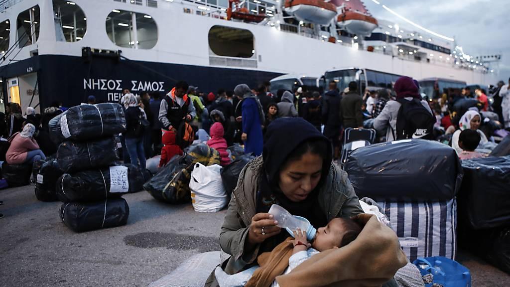 Schweiz will minderjährige Flüchtlinge aus Griechenland übernehmen