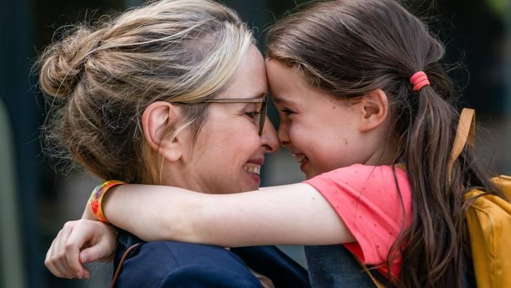 Im Film «My Zoe» kämpft Isabel (July Delpy) zuerst um das Sorgerecht und dann auch um das Leben ihrer Tochter Zoe (Sophia Ally).