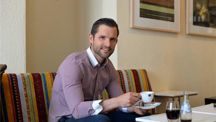 Mike Kurt ist Stammgast im Solothurner Stadtkaffee – er wohnt im gleichen Haus.