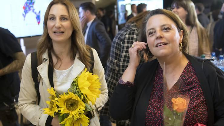 Sollten Adèle Thorens (Grüne, l.) und Ada Marra (SP, r.) am Sonntag gewinnen, wäre der Kanton Waadt erstmals mit zwei Frauen im Ständerat vertreten. (Archivbild)