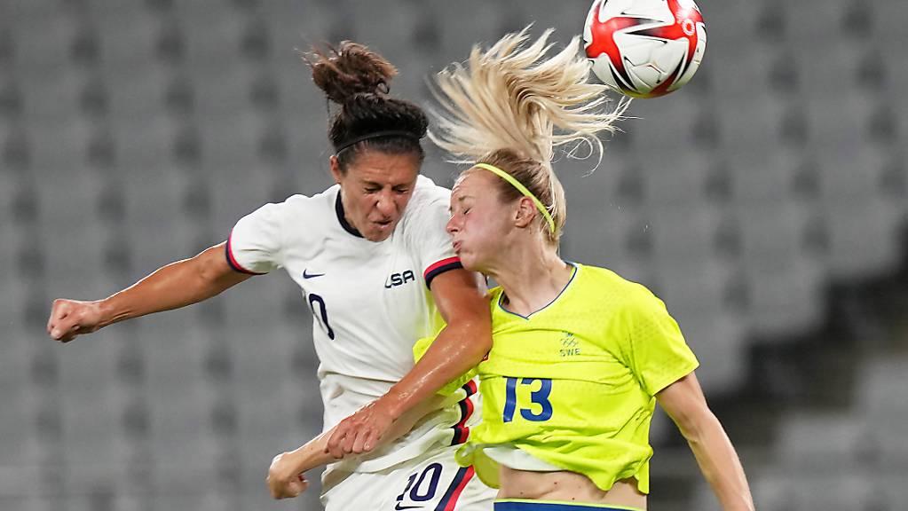 Eine Szene des olympischen Vorrundenspiels zwischen Schweden und den USA.