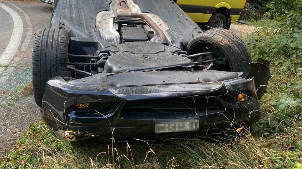 Solothurnerin baut mit 1,2 Promille einen Unfall – Auto auf dem Dach