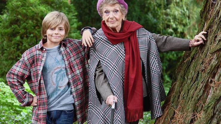 Stephanie Glaser mit Film-Enkel Noah Weber.