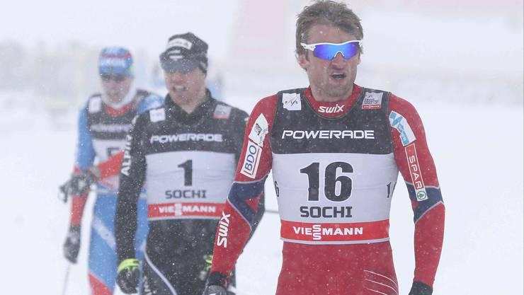 Petter Northug (vorne) und Dario Cologna (hinten, Nr. 1)