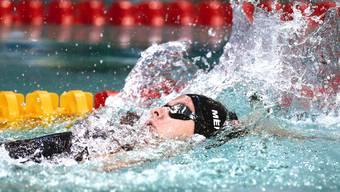 In Berlin kann die 16-jährige Lenzburgerin Nora Meister über 200 m Rücken einen neuen Weltrekord aufstellen.