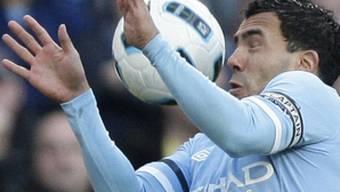 Carlos Tevez steuerte zwei Treffer zum Sieg der City bei