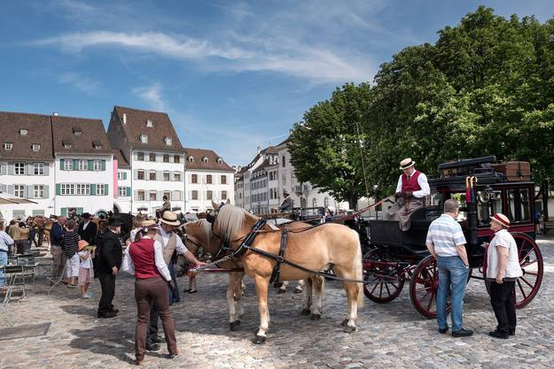 Ein Bild wie vor 150 Jahren: Die wohlverdiente Pause auf dem Münsterplatz.