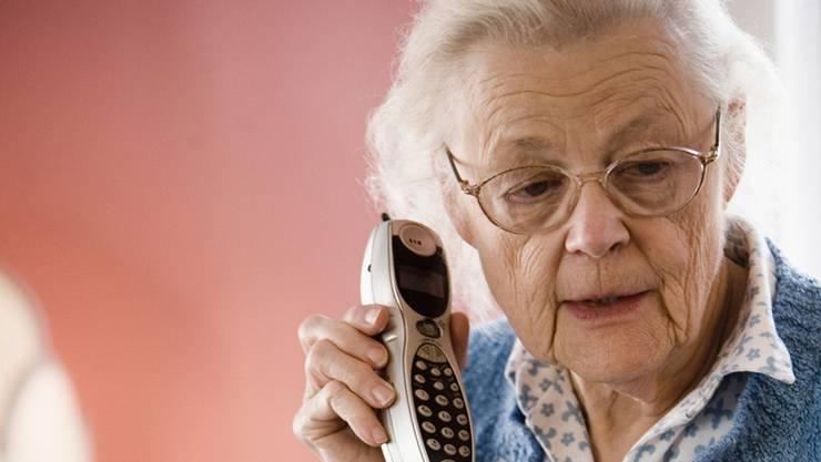 Viele ältere Leute fallen nicht auf Enkeltrickbetrüger herein – und haben danach trotzdem Ärger.