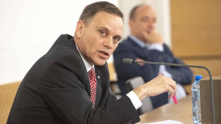 Regierungsrat Jean-Pierre Gallati ist der Meinung, dass auch die Versicherungen einen Teil der Einbussen übernehmen sollen.