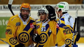 Thornton, Grossmann und Sykora feiern den Auswärtssieg