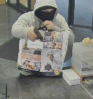 Beim Überfall im März 2019 auf eine Bank in Sirnach TG hat er seine Beute in eine Einkaufstüte verstaut.