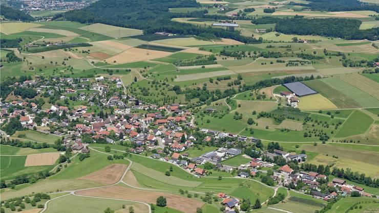 Die Gemeinden Wölflinswil Oberhof suchen einen Gemeindeschreiber. Bild: Gerry Thönen (April 2016)