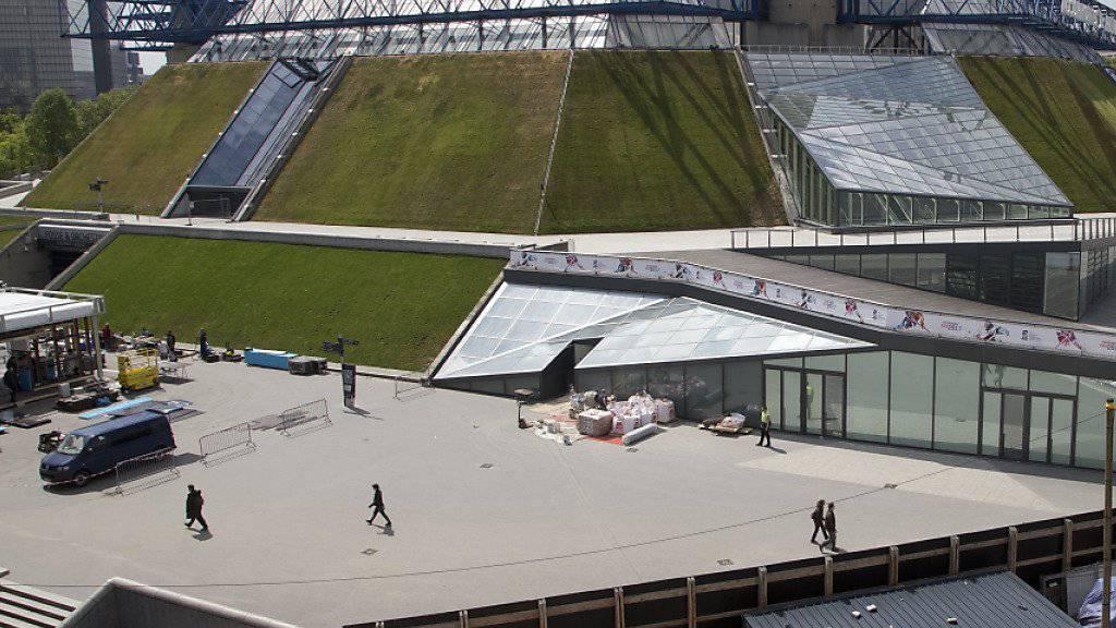 Der Trubel rund um die Arena in Paris-Bercy ist nicht allzu gross. Die Eishockey-WM ist in Paris kaum ein Thema