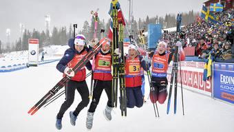 Norwegens Frauen vollziehen den Freudensprung.