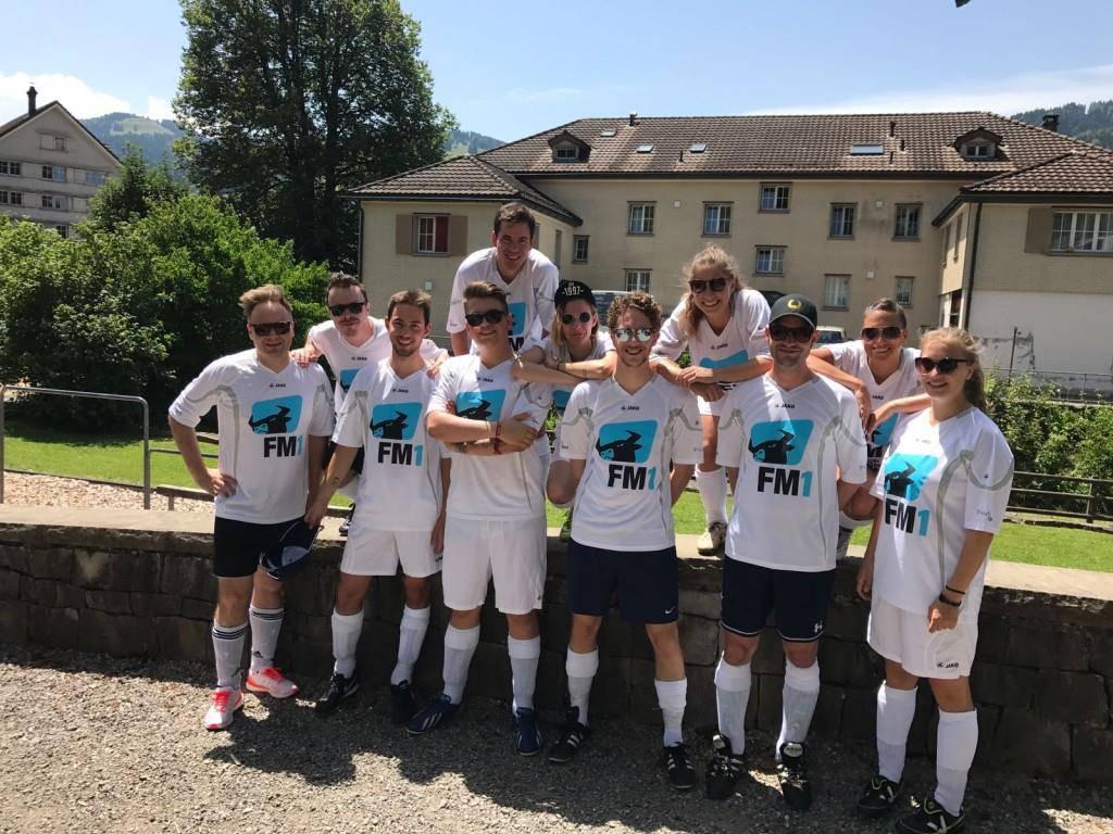 Das FM1-Team hat am Samstag das Grümpeli des FC Ebnat-Kappel aufgemischt. (© FM1Today)