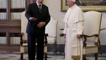 Der weissrussische Präsident Lukaschenko und Papst Franziskus bei ihrem Treffen im Vatikan.
