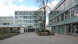 Schulhaus Wasgenring Basel