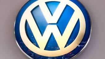 Die Aufstockung ihrer Anteile an Volkswagen hat der VW-Dachgesellschaft Porsche SE einen Gewinnsprung beschert. (Archiv)