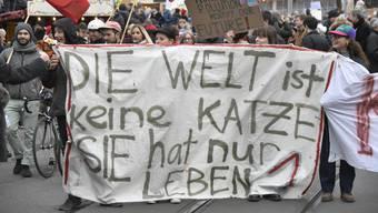 Die internationalen Schüler-Klimastreiks thematisieren einen Notstand und sind für viele zu einem letzten Hoffnungsfunken geworden. (Archiv)