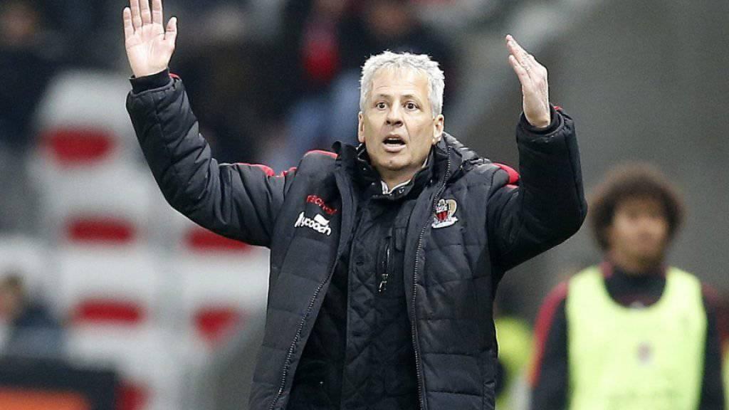 Lucien Favre kann es nicht glauben: nur ein Punkt mit Nice gegen Bastia