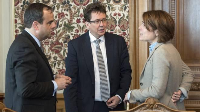 Bürgerliches Trio mit gemeinsamen Zielen: CVP-Präsident Gerhard Pfister, SVP-Präsident Albert Rösti und und FDP-Chefin Petra Gössi (von links).  Peter Schneider/Keystone.