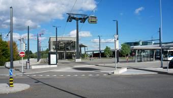 Die Zoo-Seilbahn soll dereinst bis zu 1800 Personen pro Stunde vom Bahnhof Stettbach zum Zürich Zoo befördern können.