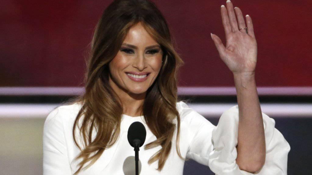 Abgeschrieben und gelogen: Melania Trump am republikanischen Parteikonvent am Montag in Cleveland, wo sie wortwörtliche Passagen einer Rede von First Lady Michelle Obama als eigene Rede präsentierte.