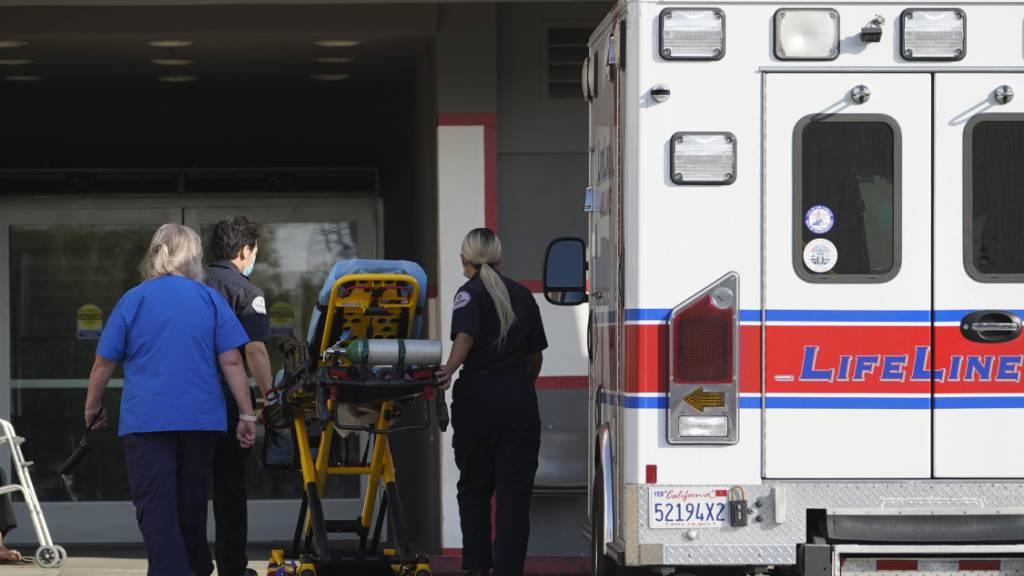 «Menschliche Katastrophe» in Los Angeles - Kliniken völlig überlastet