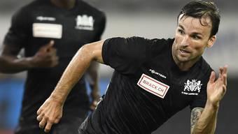 Michael Perrier im Einsatz für Stade Lausanne-Ouchy - die Romands reisen als Dritter zum Spitzenspiel gegen den Zweiten Aarau