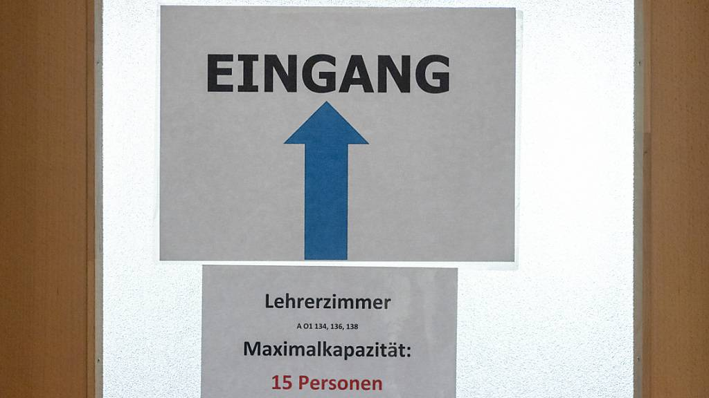 Die SP-Fraktion des St. Galler Kantonsrats kritisiert, dass es in den Berufsfachschulen nur wenige Frauen in Führungspositionen gebe. (Symbolbild)
