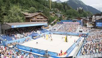 Die grossen Schweizer Sport-Events (wie das Beachvolleyball-Turnier in Gstaad) gerieten bei Annahme der No-Billag-Initiative unter Druck.