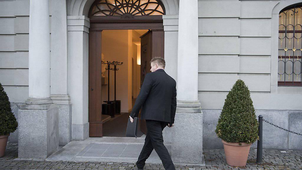Das Urner Obergericht sprach den Erstfelder Barbetreiber am Montagnachmittag teilweise frei. (Archivbild)