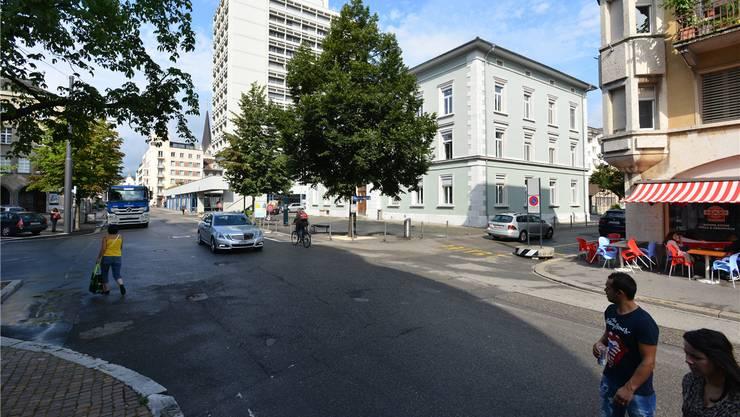 Status quo in der Begegnungszone: Derzeit sieht der Stadtrat dort keine markanten flankierenden baulichen Massnahmen vor.