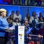 Der Staat ist geeint, die Deutschen sind es noch nicht Bundeskanzlerin Angela Merkel an der Feier zum Tag der deutschen Einheit in Kiel.