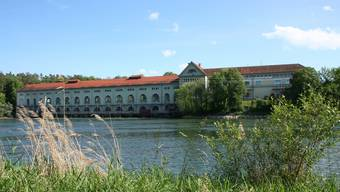 Dem Abbruch geweiht: Die Tage des Wasserkraftwerks Beznau scheinen gezählt.