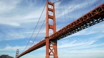 Bald mit Fangnetzen: die Golden Gate Bridge in San Francisco