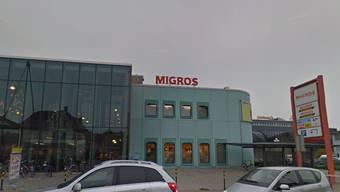 In der Migros-Filiale in Zofingen kam es zum Vorfall. (Screenshot)