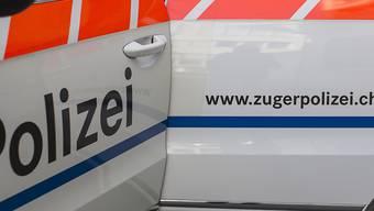 Die Zuger Polizei hat zwei Mitarbeitende freigestellt. (Symbolbild)