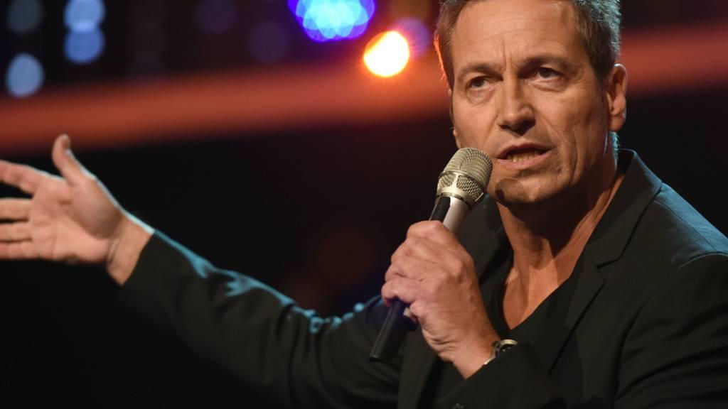 Der deutsche Kabarettist Dieter Nuhr zieht in der Coronakrise bürgerliche Regierungen «populistischen Hanswürsten an der Macht» vor. (Archivbild)