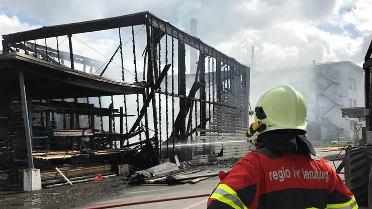Der Werkhof ist ausgebrannt und einsturzgefährdet.