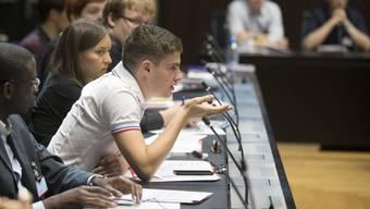 Vor Wahlen finden auch Easyvote-Podiumsdiskussionen statt, die sich besonders an junge Menschen richten.