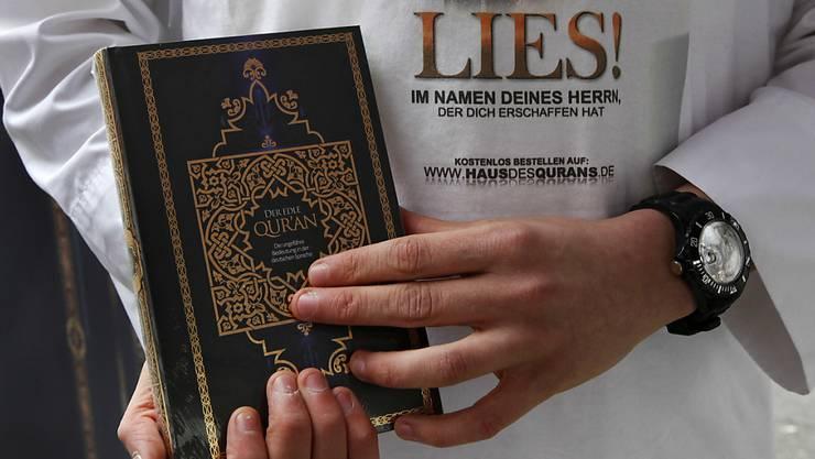Umstritten, aber legal. In der Schweiz dürfen Aktivisten weiterhin den Koran verteilen.