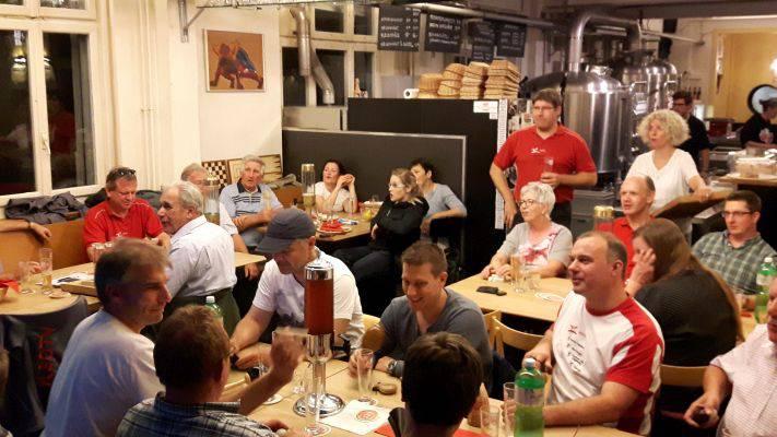 """Gemütliches Beisammensein in der """"Öufi""""-Brauerei"""