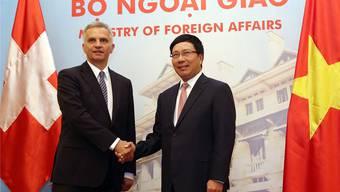 Anfang Juni noch eröffnete Bundesrat Burkhalter ein Konsulat in Vietnam