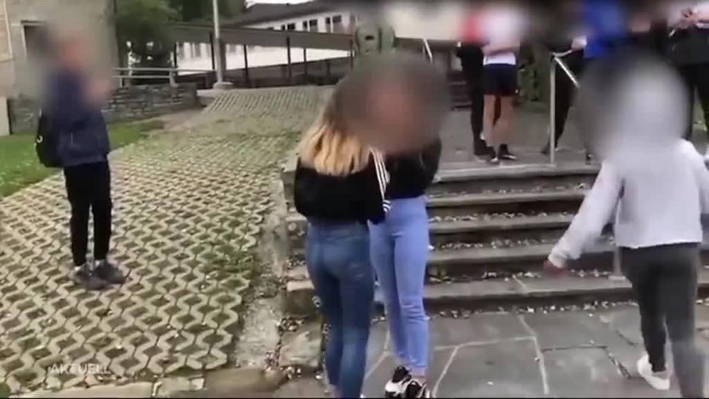 Schockvideo: Schülerin wird in Reinach heftig gemobbt